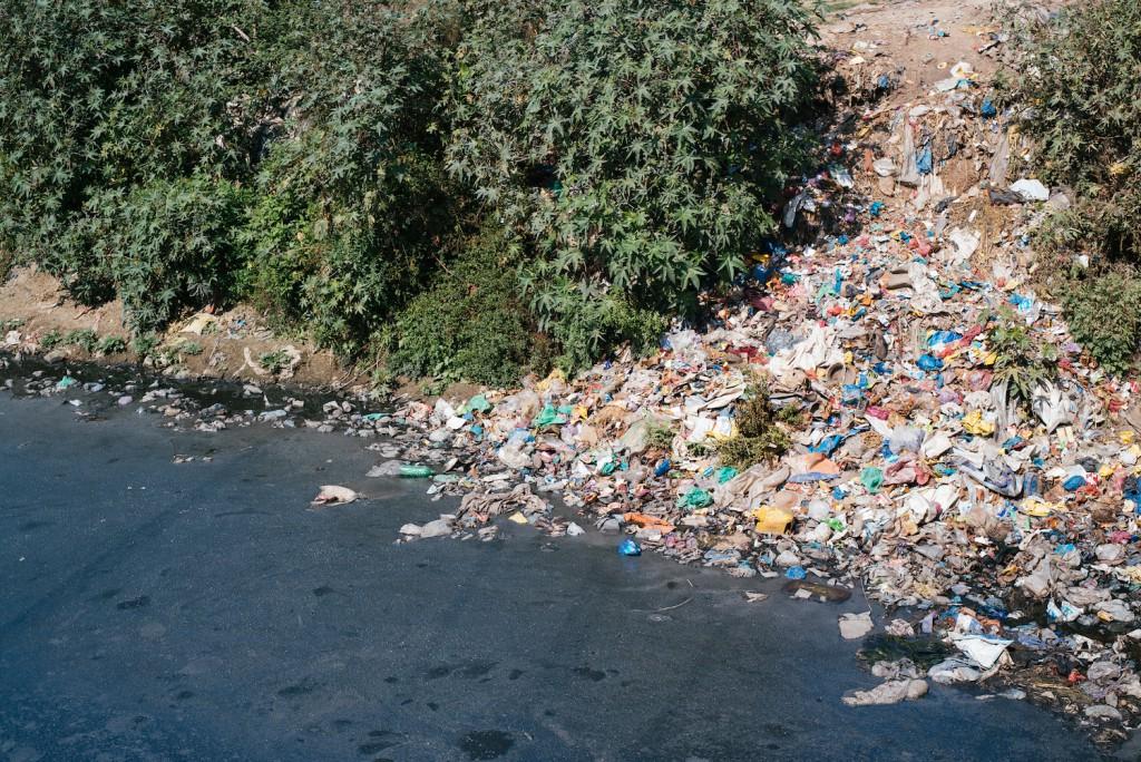 Laut dem Prospekt, den man am Einlass in die Hand bekommt, wurde Bhaktapur zu einer der zehn saubersten Städte Asiens gewählt. Nun ja.